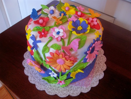 how to make a birthday cake with flavered layers